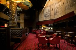 doubletree-by-hilton-los-angeles-downtown-bar-lounge