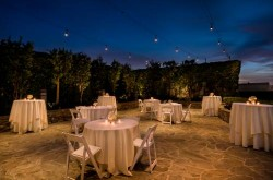 doubletree-by-hilton-los-angeles-downtown-outdoor-dining